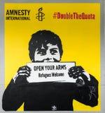 Affiche de réfugié d'Amnesty International à Auckland Images stock