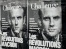 Affiche de révolution de macron avec la réflexion de ville Photo libre de droits
