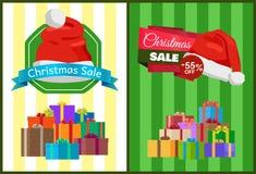 Affiche de vente de Noël avec des présents dans des boîtes de couleur Image libre de droits