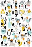 Affiche mignonne d'alphabet de zoo de vecteur avec les lettres latines et les animaux de bande dessinée Ensemble d'éléments d'ABC illustration stock