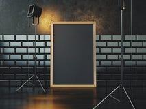 Affiche noire sur le plancher et deux lampes 3d Photo libre de droits