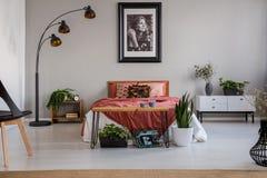 Slaapkamer Rood Grijs : Your comfort zone een update voor de slaapkamer westwing