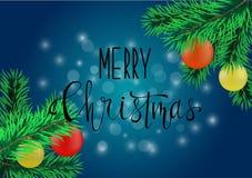 Affiche ou carte bleue de Noël avec les éléments et la calligraphie traditionnels de décoration Photos stock
