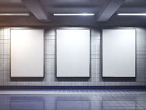 Affiche vide blanche de panneau d'affichage d'intérieur