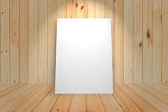 Affiche vide dans le mur en bois et la pièce en bois de plancher, calibre M Image stock