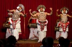 Affichez dans le théâtre traditionnel de Sri Lankian Photos libres de droits