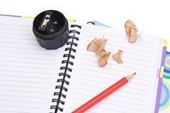 Affilage du crayon Photo stock