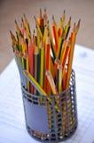 Affilez le crayon photographie stock