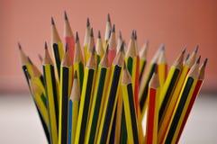 Affilez le crayon images libres de droits