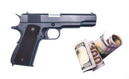 Affinchè i soldi comprino illegalmente le armi dalla mafia Fotografie Stock Libere da Diritti