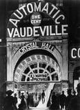 Affisch av den automatiska vaudevillen (alla visade personer inte är längre uppehälle, och inget gods finns Leverantörgarantier s Arkivbilder