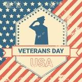 Affisch för veterandag med oss militär bakgrund för soldatOn Grunge Usa flagga, kortbegrepp för nationell ferie vektor illustrationer