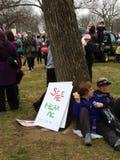 Affischen för mars för kvinna` s, ser mig, hör mig, universitetslärare` t trycker på mig, Washington, DC, USA Royaltyfri Bild