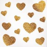Affischen med hjärta av guldkonfettier, mousserar, guld- blänker Royaltyfri Bild