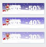 Affischjulförsäljning med roliga jultomten hjortar och text från stora bokstäver på snö Tecknad filmstil också vektor för coreldr Royaltyfri Foto