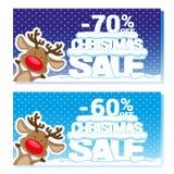 Affischjulförsäljning med roliga jultomten hjortar och text från stora bokstäver på snö Tecknad filmstil också vektor för coreldr Royaltyfri Bild