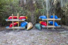 Affitti della canoa e del kajak immagini stock libere da diritti