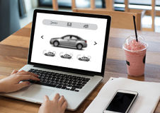 Affitti Transportati di Automobile Vehicles Car del rappresentante dell'autonoleggio Fotografie Stock