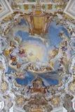 Affreschi della parete e del soffitto del patrimonio mondiale della chiesa del wieskirche in Baviera Fotografia Stock Libera da Diritti