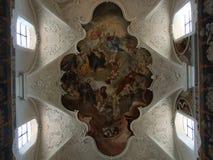 Affresco del soffitto di grande chiesa nella città di Costanza fotografie stock