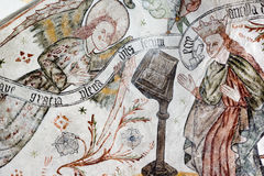 Affresco gotico dell'annuncio L'arcangelo Gabriel accoglie Maria Fotografie Stock Libere da Diritti