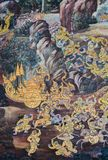 Affresco murale dell'epica di Ramakien al grande palazzo a Bangkok, Th Fotografia Stock