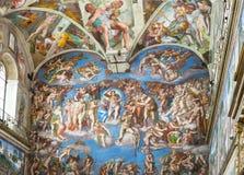 Affresco sulla parete nei musei del Vaticano immagini stock