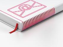 Affärsidé: stängd bok, Email på vit Arkivbilder