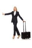 Affärskvinnakvinnaresanden med resväskan Arkivfoto
