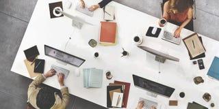 AffärsTeam Meeting Connection Digital Technology begrepp Royaltyfri Bild