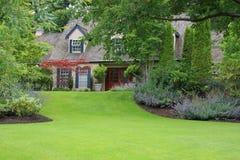 Afgezonderd huis royalty-vrije stock fotografie