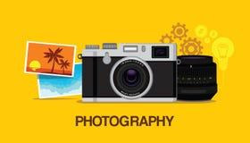 Afición de la fotografía con el fondo amarillo Imagen de archivo libre de regalías