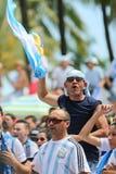 Aficionados al fútbol de la Argentina Fotografía de archivo