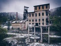 Afixe a facilidade de mineração abandonada industrial em Anina, Romênia Fotografia de Stock Royalty Free