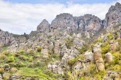 Afloramientos en la montaña Demerdzhi Imagen de archivo libre de regalías