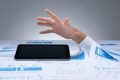 Afogamento no documento Imagem de Stock