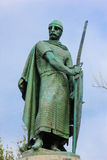 Afonso Henriques国王雕象  吉马朗伊什 葡萄牙 免版税图库摄影