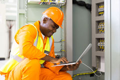 african american engineer laptop Royalty Free Stock Photography