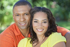 African American Woman & Man Couple Outside Royalty Free Stock Photos