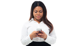 African businesswoman using smartphone Royalty Free Stock Photos