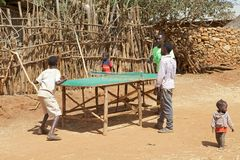 African children are playing table tennis Royalty Free Stock Images