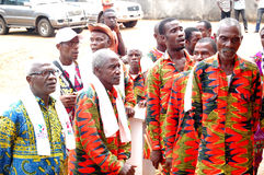 AFRICAN CONTEURS AT THE FUNERAL OF THE MOTHER OF THE PRESIDENT LAURENT GBAGBO Stock Photography