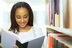African university student reading Royalty Free Stock Images