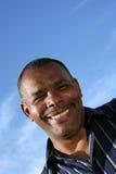 Africano maduro de sorriso - homem americano Imagem de Stock