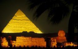 AFRIKA EGYPTEN KAIROGIZA PYRAMIDER arkivfoton
