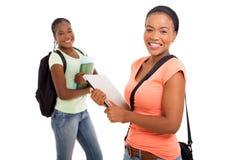 Afrikaans universiteitsmeisje stock foto