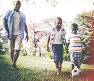 Afrikaans van de de Vakantievakantie van het Familiegeluk de Activiteitenconcept stock foto's