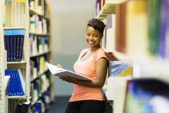 Afrikaanse Amerikaanse bibliotheek Stock Afbeelding