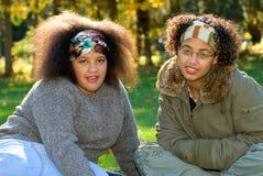 Afrikaanse Amerikaanse tienermeisjes Royalty-vrije Stock Foto's