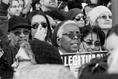 Afrikaanse Amerikaanse vrouw bij 2017 Vrouwen ` s Maart Los Angeles Royalty-vrije Stock Foto